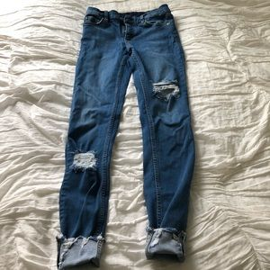 Free People shark bite skinny jeans blue 25L